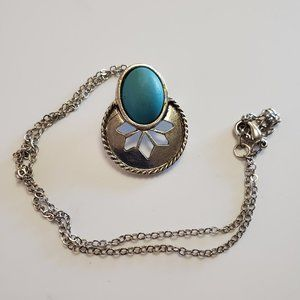 Silver Tone Faux Turquoise Pendant Necklace Style